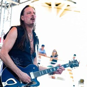 Interview with Whitesnake, Winger and Black Swan guitarist Reb Beach